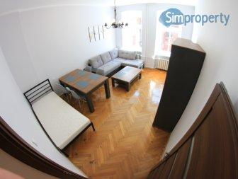 2-room apartment on Roosevelta Street.