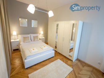 For sale a very attractive, 60-sqm apartment at Kazimierz district|Podbrzezie street