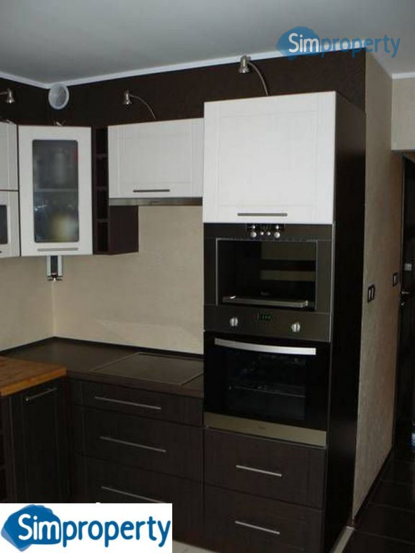 For rent 1-bedroom apartment with separate kitchen on Spiżowa Street