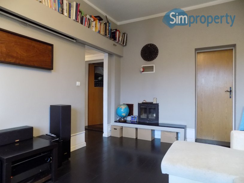 For sale 2-bedroom apartment on Mosbacha Street.