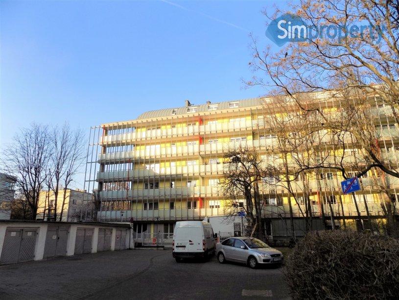 Czysta 2 Street, 1-bedroom flat in the city center, next to Renoma